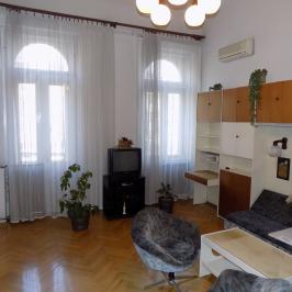 Eladó  téglalakás (Budapest, VIII. kerület) 52,2 M  Ft