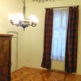 Eladó  téglalakás (Budapest, V. kerület) 63 M  Ft