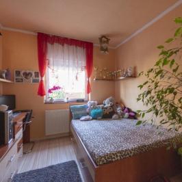 Eladó  családi ház (Érd, Felső-Parkváros (M7-től északra)) 62,9 M  Ft