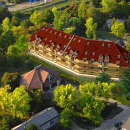 Eladó  téglalakás (Velence, Magyarország) 38,15 M  Ft