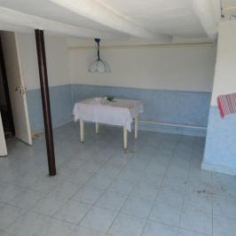 Eladó  családi ház (Egyek) 3,1 M  Ft