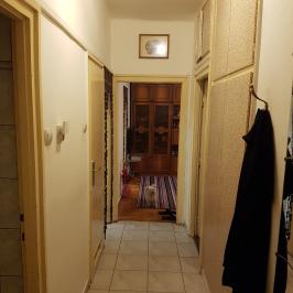 Eladó  téglalakás (Budapest, III. kerület) 32 M  Ft