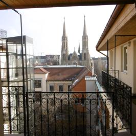 Eladó  téglalakás (Budapest, VII. kerület) 48 M  Ft