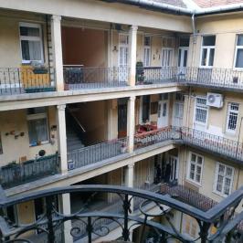 Eladó  téglalakás (Budapest, VII. kerület) 32,6 M  Ft