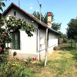 Eladó  családi ház (Szigetújfalu) 8 M  Ft