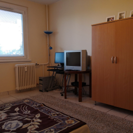 Eladó  panellakás (Debrecen, Fényesudvar) 19,7 M  Ft