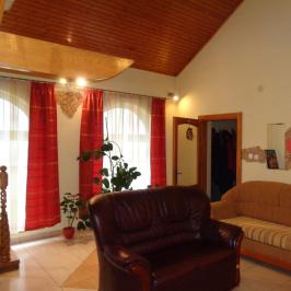 Eladó  családi ház (Nyíregyháza, Oros) 33,9 M  Ft
