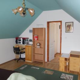 Eladó  családi ház (Pilisvörösvár, Szabadságliget) 27,2 M  Ft