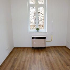 Eladó  téglalakás (Budapest, VII. kerület) 49,99 M  Ft