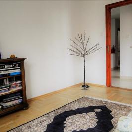 Kiadó  családi ház (Budapest, II. kerület) 700 E  Ft/hó