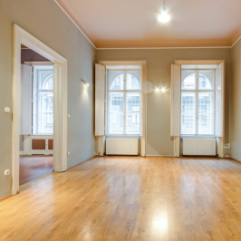 Eladó  téglalakás (Budapest, VIII. kerület) 53,9 M  Ft