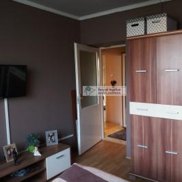 Eladó  panellakás (Kazincbarcika) 11,9 M  Ft