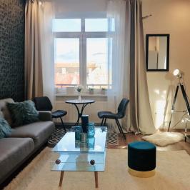 Eladó  téglalakás (Budapest, VII. kerület) 65,2 M  Ft