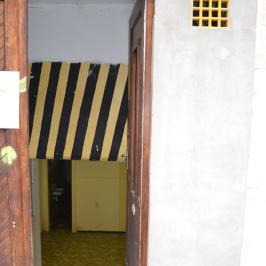Kiadó  üzlethelyiség utcai bejáratos (Budapest, II. kerület) 100 E  Ft/hó