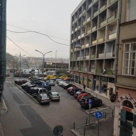 Eladó  téglalakás (Budapest, V. kerület) 73,9 M  Ft