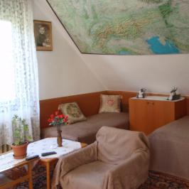 Eladó  családi ház (Üröm, Sadove) 28,9 M  Ft