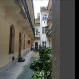 Eladó  téglalakás (Budapest, VI. kerület) 48,9 M  Ft