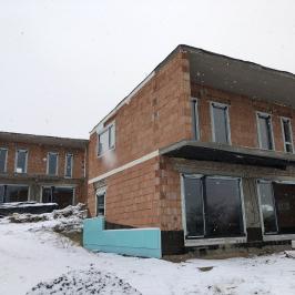 Eladó  családi ház (Vác, Deákvár) 52,9 M  Ft