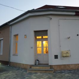 Kiadó  üzlethelyiség utcai bejáratos (Dunaharaszti, Rákócziliget) 150 E  Ft/hó