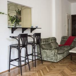 Kiadó  iroda lakásban (<span class='notranslate'>Budapest, II.  </span>kerület) 450 E   <span class='notranslate'>Ft</span>/hó