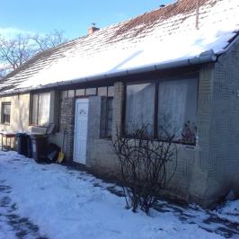 Eladó  családi ház (Tengelic) 5 M  Ft