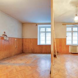 Eladó  téglalakás (Budapest, V. kerület) 43,9 M  Ft
