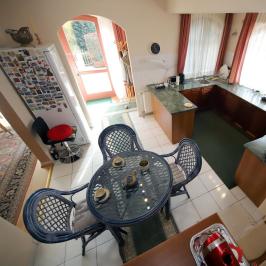 Eladó  családi ház (Eger, Hajdúhegy) 81,9 M  Ft
