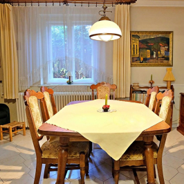 Eladó  villa (<span class='notranslate'>Budapest, II.  </span>kerület) 265 M   <span class='notranslate'>Ft</span>