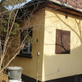 Eladó  családi ház (Tököl, Belváros) 25 M  Ft