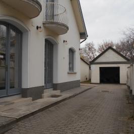 Eladó  irodaház (Budapest, XIV. kerület) 134,9 M  Ft