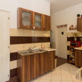 Eladó  házrész (Pomáz, Városközpont) 25,8 M  Ft