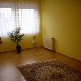 Eladó  téglalakás (Sopron) 28,5 M  Ft