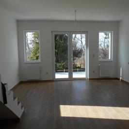 Eladó  családi ház (Kerepes, Szilasliget) 65 M  Ft