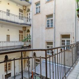 Eladó  téglalakás (Budapest, VIII. kerület) 58,5 M  Ft