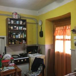 Eladó  családi ház (Békéscsaba) 9,9 M  Ft