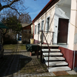 Eladó  házrész (Budakeszi) 34,8 M  Ft