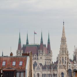 Eladó  téglalakás (Budapest, I. kerület) 65,9 M  Ft