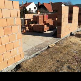 Eladó  családi ház (Budakeszi) 63 M  Ft