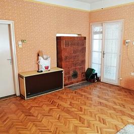Eladó  családi ház (Dunakeszi, Városközpont) 36,9 M  Ft
