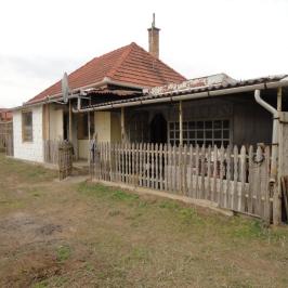 Eladó  családi ház (Nyíregyháza, Császárszállás) 8 M  Ft