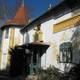 Eladó  villa (Vác, Deákvár) 60 M  Ft