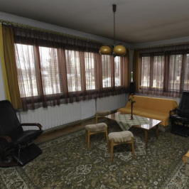 Eladó  családi ház (Kecskemét, Petőfiváros) 56 M  Ft