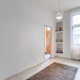 Eladó  téglalakás (Budapest, VII. kerület) 41,9 M  Ft