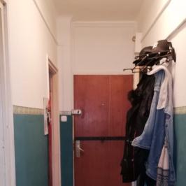 Eladó  téglalakás (Tököl, Pesti úti lakótelep) 15,3 M  Ft