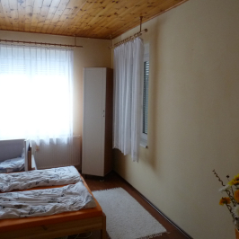 Eladó  családi ház (Dunaföldvár) 27,7 M  Ft +ÁFA