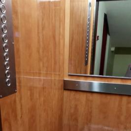 Kiadó  panellakás (<span class='notranslate'>Budapest, XIII.  </span>kerület) 120 E   <span class='notranslate'>Ft</span>/hó