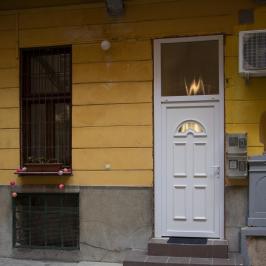 Eladó  téglalakás (Budapest, VI. kerület) 52,75 M  Ft