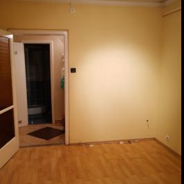 Eladó  panellakás (Budapest, III. kerület) 27,45 M  Ft