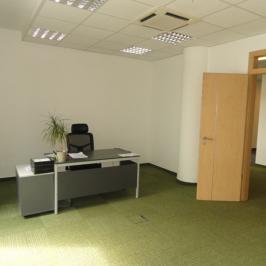 Kiadó  iroda (Budapest, III. kerület) 380 E  Ft/hó +ÁFA