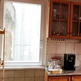 Eladó  téglalakás (Budapest, VI. kerület) 57,9 M  Ft